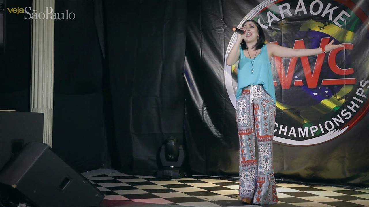 Cantando Alto: a final brasileira do Karaokê World Championship